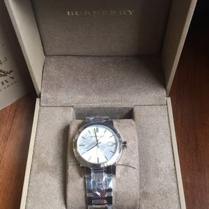 Burberry Women's Watch Brand New